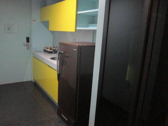 The Heritage Bangkok : kitchen