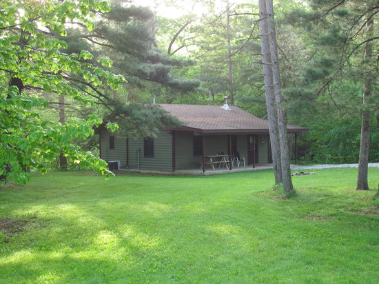 Kishauwau Country Cabins: Enjoy quiet seclusion in your cabin tucked away in the woods.  Near Starved Rock State Park.
