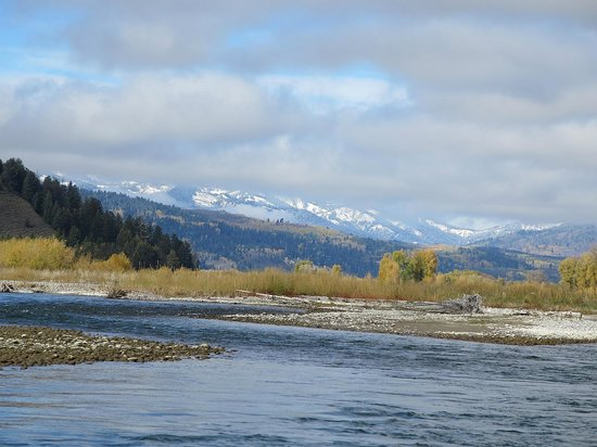 Dave Hansen Whitewater and Scenic River Trips : wonderful scenery