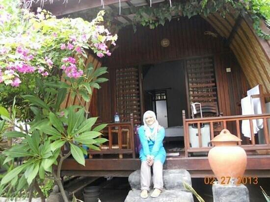 Gili Smile Bungalow: my favorite room at gili smile bunglow ^__^