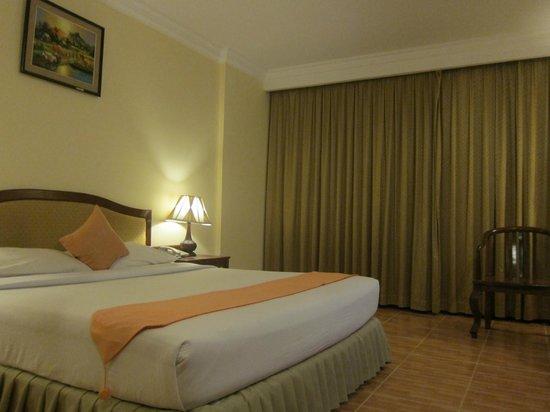 Monoreach Angkor Hotel: room