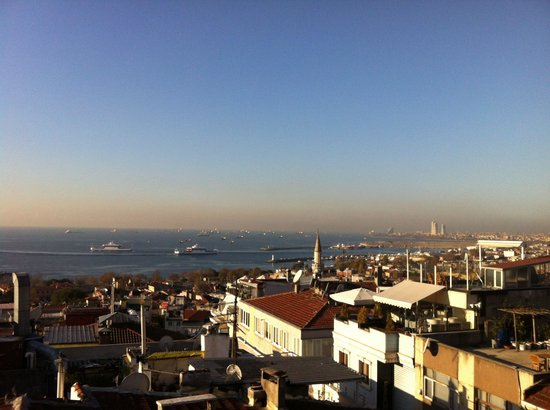 Hotel Fehmi Bey: テラスからの眺め(Part1)