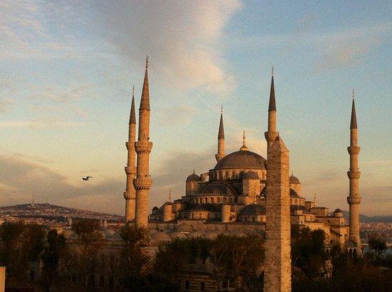 Hotel Fehmi Bey: テラスからの眺め(Part2)