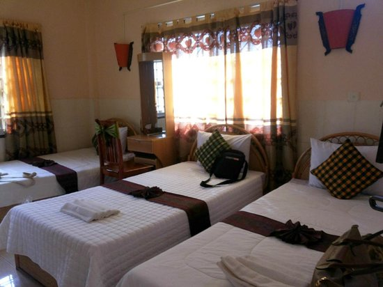 Bou Savy Guest House: Triple room