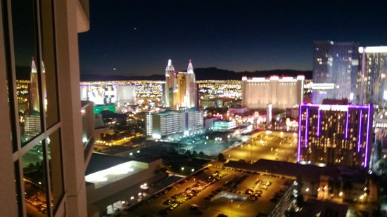 Signature at MGM Grand: View of the South end of the Strip