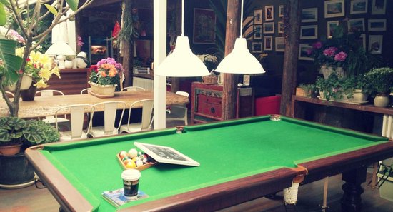 Peking Yard Hostel : lounge at day