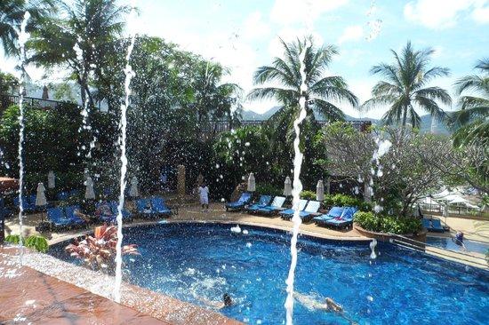 Novotel Phuket Resort: vue de piscine1 sur piscine2