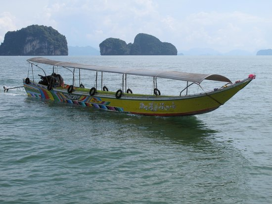 June Bahtra Phang Nga Bay Day Trip: pirogue a moteur