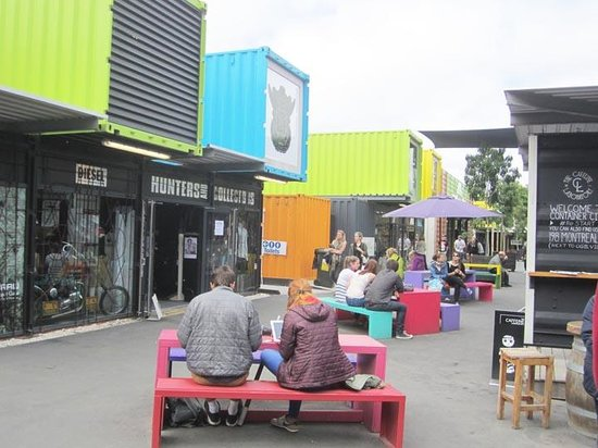 Vagabond Backpackers: Restart Shipping Container shops