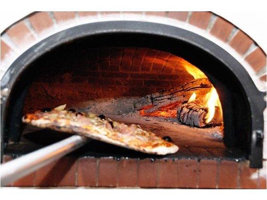 four pizza photo de le bistrot italien schwebsange tripadvisor. Black Bedroom Furniture Sets. Home Design Ideas