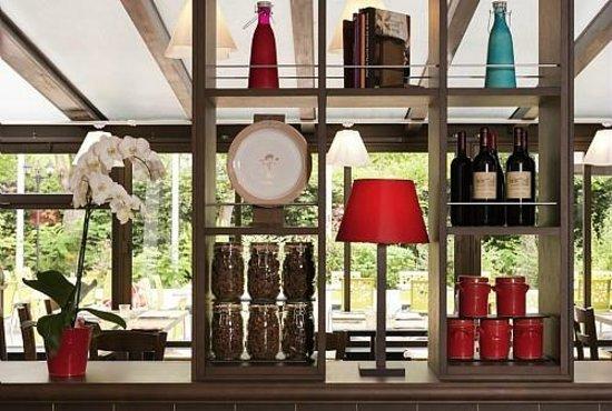 Ibis styles parc des expositions de villepinte hotel for Hotel ibis style villepinte
