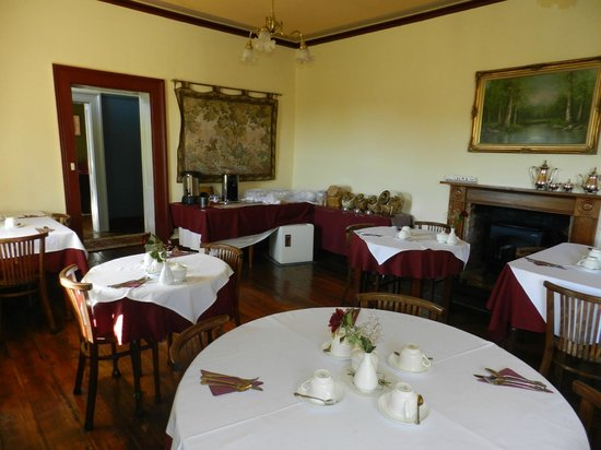 The Lodge on Elizabeth : Breakfast room