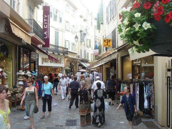 Rue d'Antibes: otro momento mas tranquilo