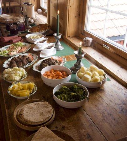 Heddan Gard Guesthouse : traditional norwegian food