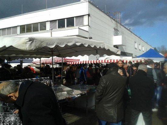 Anna Hotel : Sunday Market