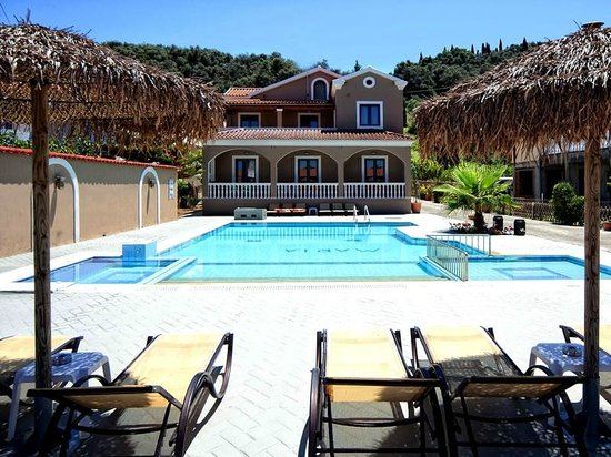 Maria 39 s apartments sidari corfu apartment reviews for Apartment reviews