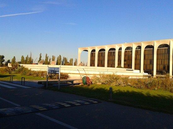 Palazzo Mondadori (Segrate): AGGIORNATO 2020 tutto quello