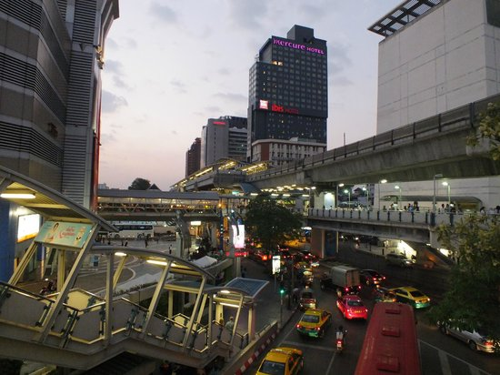 Ibis Bangkok Siam : View from MBK Shopping Mall