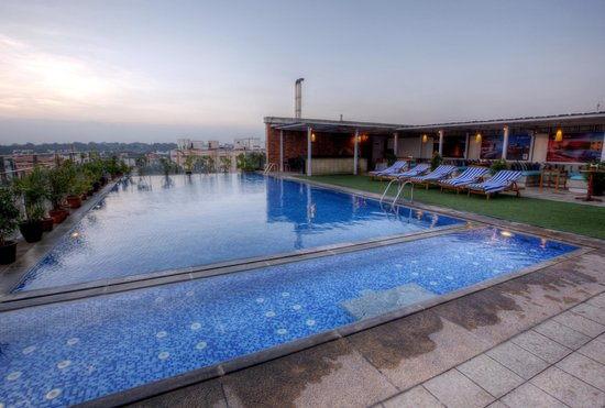 Hotel Royal Orchid: Pool View