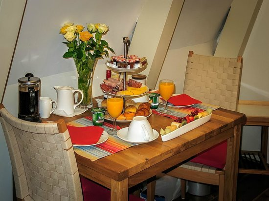 CityCenter Bed and Breakfast Amsterdam: Fruehstueck im Zimmer toll!
