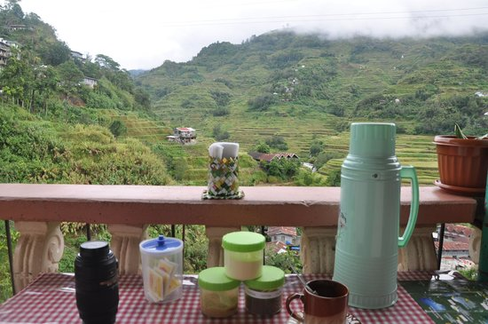 Banaue Homestay : A cup of tea and a hearty breakfast in the balcony