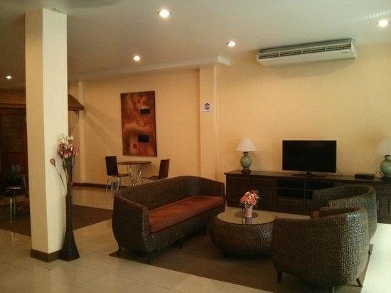 Rico's Hotel: Lounge