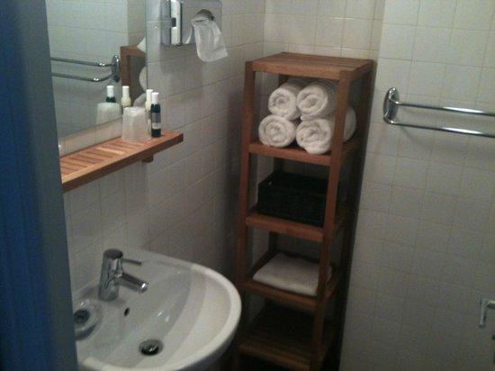 Le Galet Hotel & Spa : lavabo