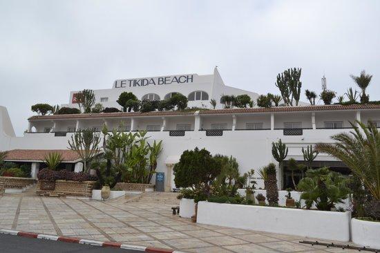 Hotel Riu Tikida Beach : Front view of the hotel