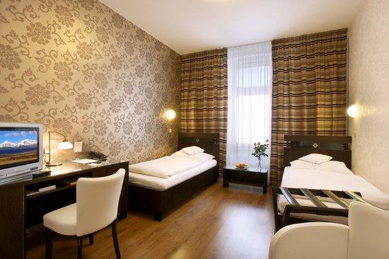 Hotel Trinity: Twin room standart