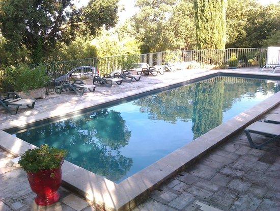 Le Mazet de la Gardy : Pool