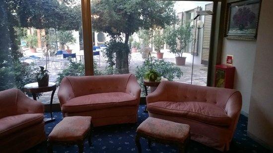 Hotel Cappelli : Холл отеля