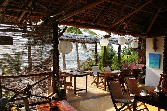Mango Beachhouse: Kiddos Cafe