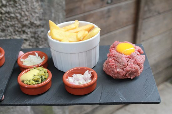 Pause Express: steak tartare