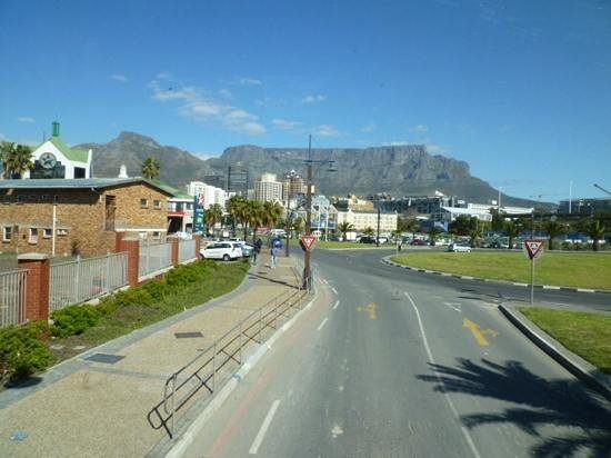 Cape Royale Luxury Hotel: Table mountain visit