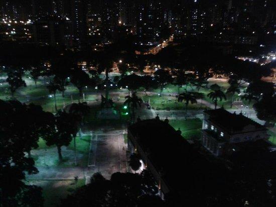Hotel Grão Pará : Praça