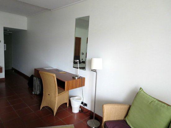 The Hotel Cairns : Turmzimmer 3. Stock