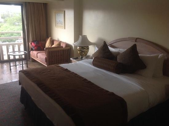 InterContinental Nairobi: room with a view of the outside
