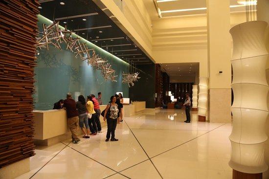 Holiday Inn Pattaya : holiday inn lobb