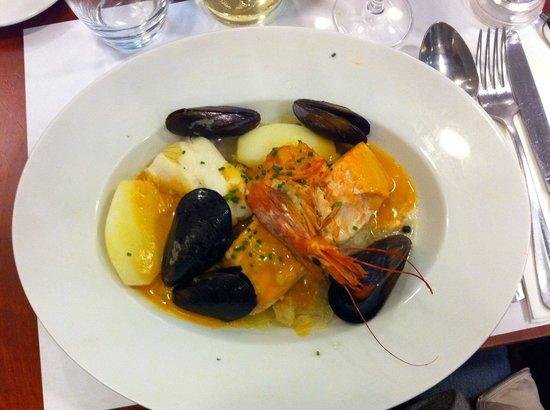 Le Verdun : Choucroute with salmon & halibut