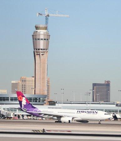 La Quinta Inn & Suites Las Vegas Airport South: view from room