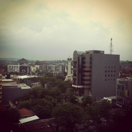 Ibis Semarang Simpang Lima : The view from the 10th floor