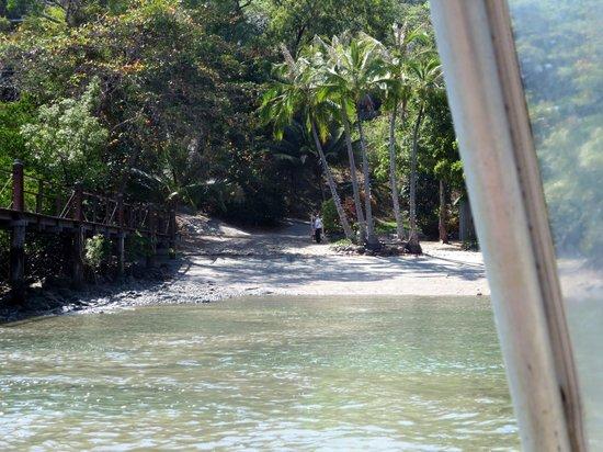 Bloomfield Lodge: Anlegestelle für's Flachboot