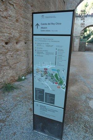 Hostal Ibis Budget Granada: Alhambra map