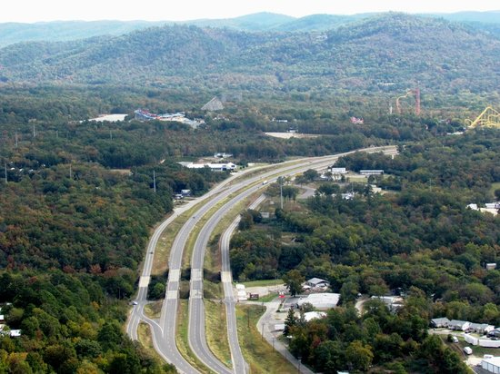 Hot Springs Mountain Tower : View of the Hwy from the top
