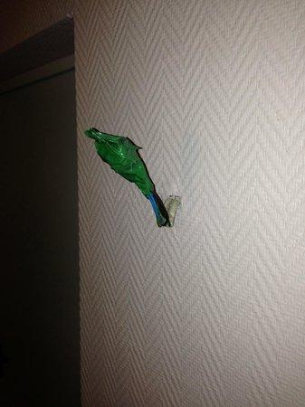 Leonardo Hotel Wolfsburg City Center: Exposed Wire In Hallway