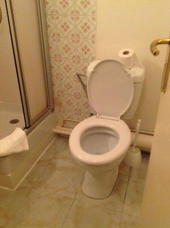 Hotel de France et de Guise : les toilettes