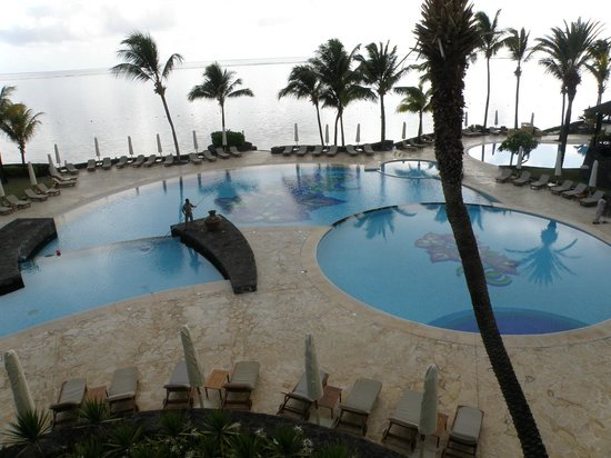 The Residence Mauritius: piscines