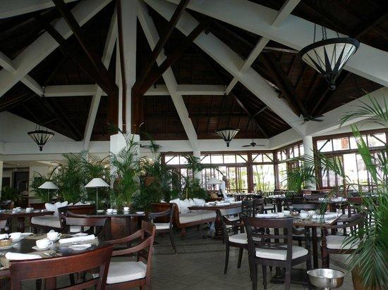 The Residence Mauritius: restaurant intérieur