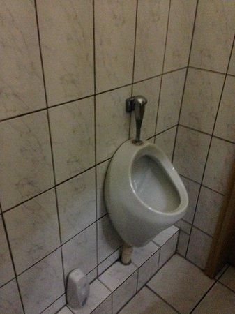 Caminetto: Besonderes die Toiletten lassen zu wünschen übrig