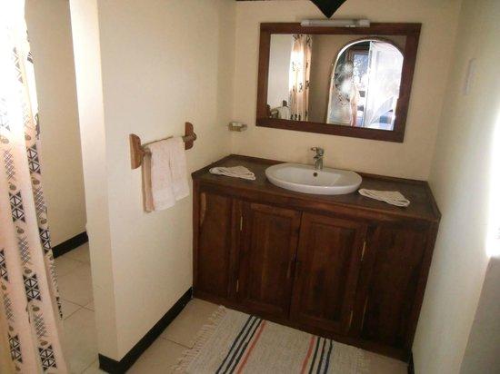 Kirurumu Tarangire Lodge: Sanitaires comme dans un hotel en ville mais vous êtes dans la savane